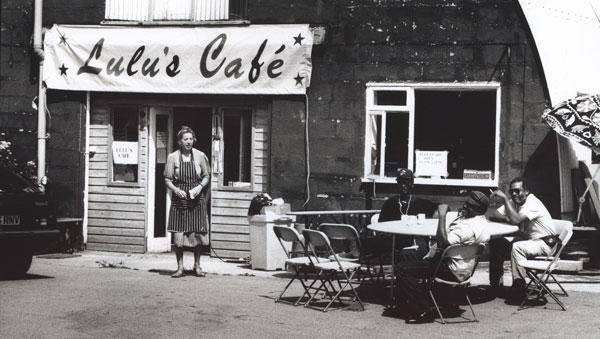 Lulu's-Cafe_Andrew-Catlin_Lulus